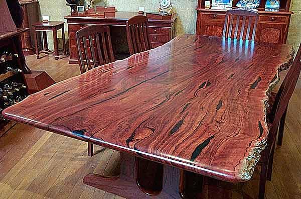 примеры изготовленных нами столов из слэбов натурального дерева